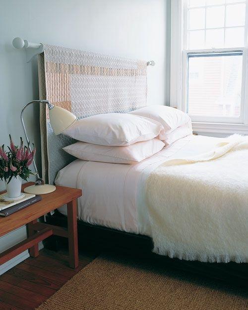 Cabeceira de tecido com varão de cortina