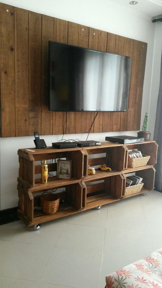 movel para tv com caixote de madeira