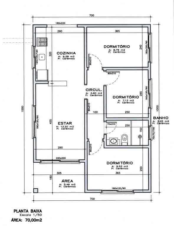 Casa pequena com 3 quartos e 1 banheiro