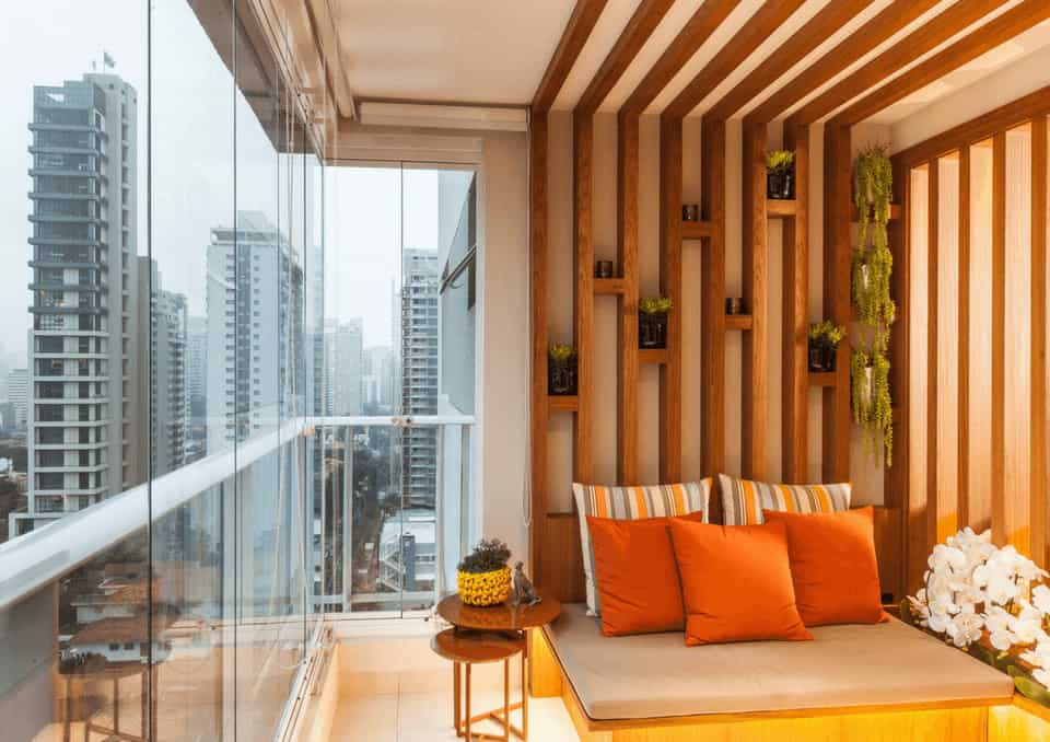 lazer na varanda com sofa sob medida