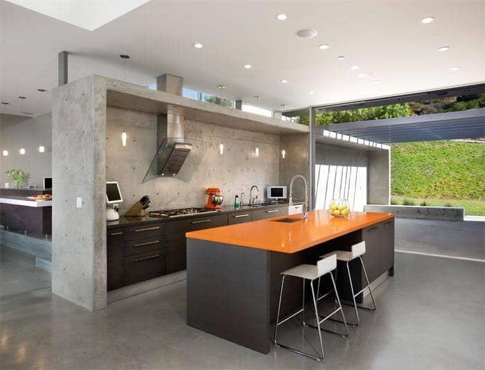 cozinha com parede de cimento queimado moderna