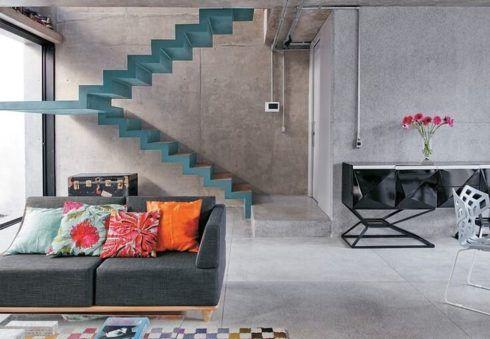 escada de cimento queimado colorida