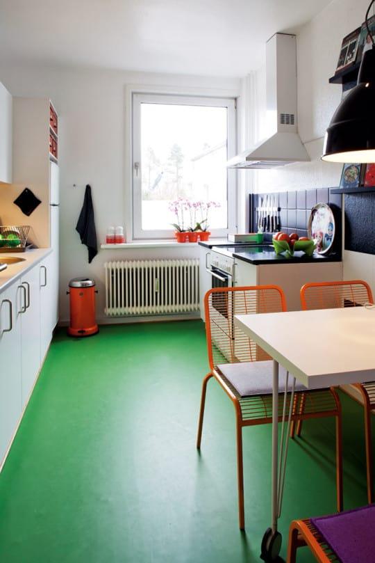 piso de cimento queimado verde